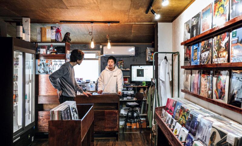クラフトビールをお供に。飲めるレコードショップ3店