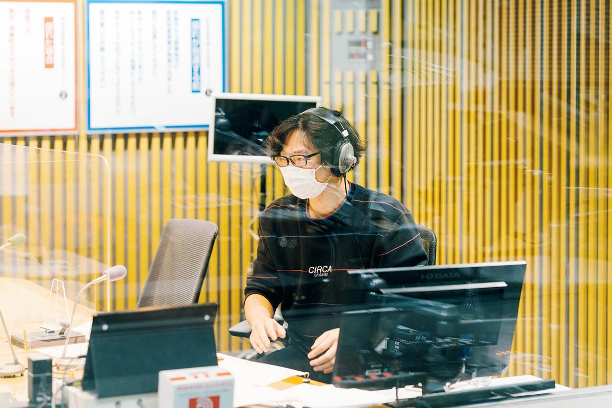 14:菅田さんの相棒、放送作家・福田さんもブースに。