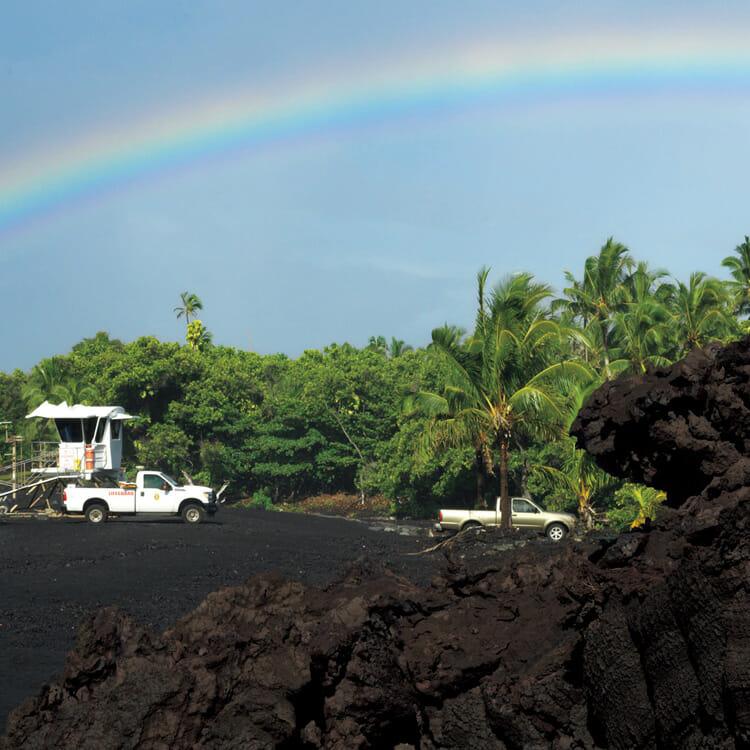 今も火山活動を続けるキラウエア火山