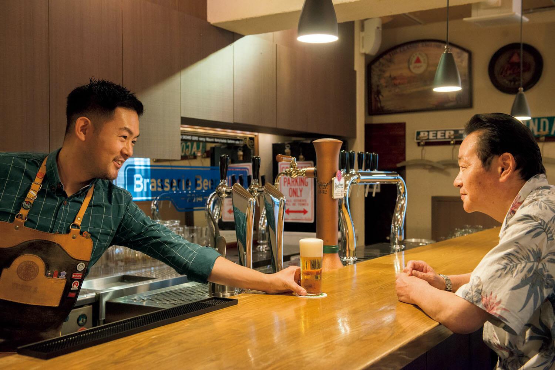 18年の付き合いだが「松尾さんにビールをお出しするのは緊張する」と佐藤さん。