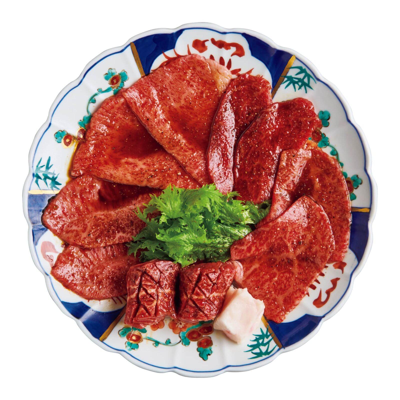 稀少部位の皿(トモサンカク、クリミ、シンシン、サガリ、ミスジ)。