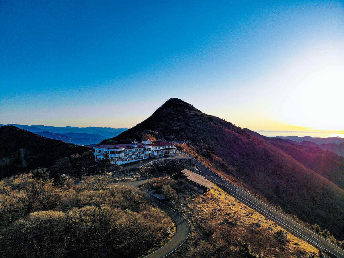 愛媛県と高知県の県境にある山頂ホテル