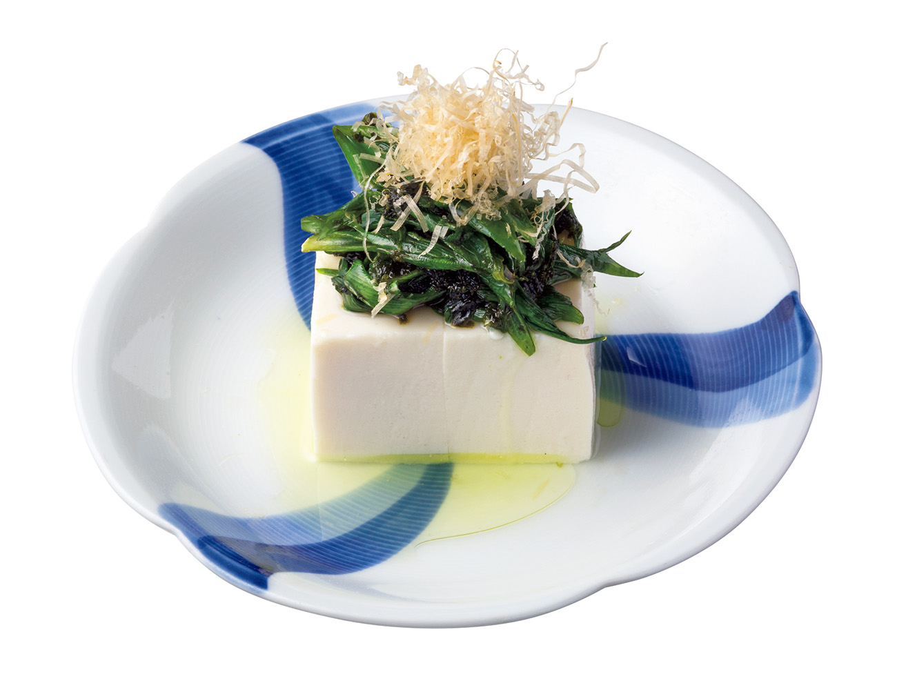 九条葱とあおさのり冷奴¥660は〈KAN〉の定番「じゃこねぎ豆腐」が下敷きに。