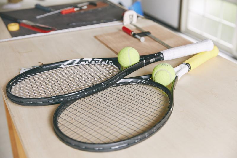 「ラケットはHEAD。都内のテニススクールに通っています」