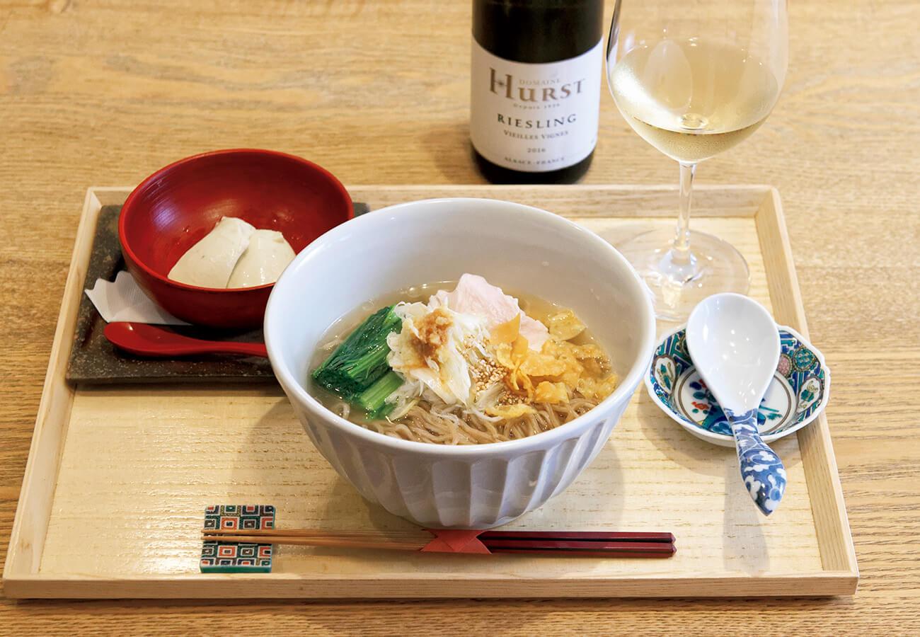 広尾はしづめの蒸し鶏と千寿葱の温麺