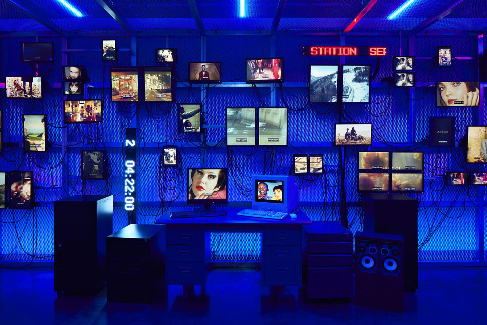 Room0「Control Room」