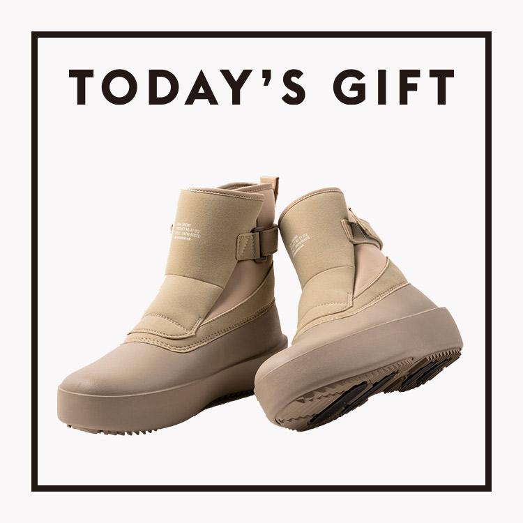 今日のギフト:〈エイトテンス〉のブーツ