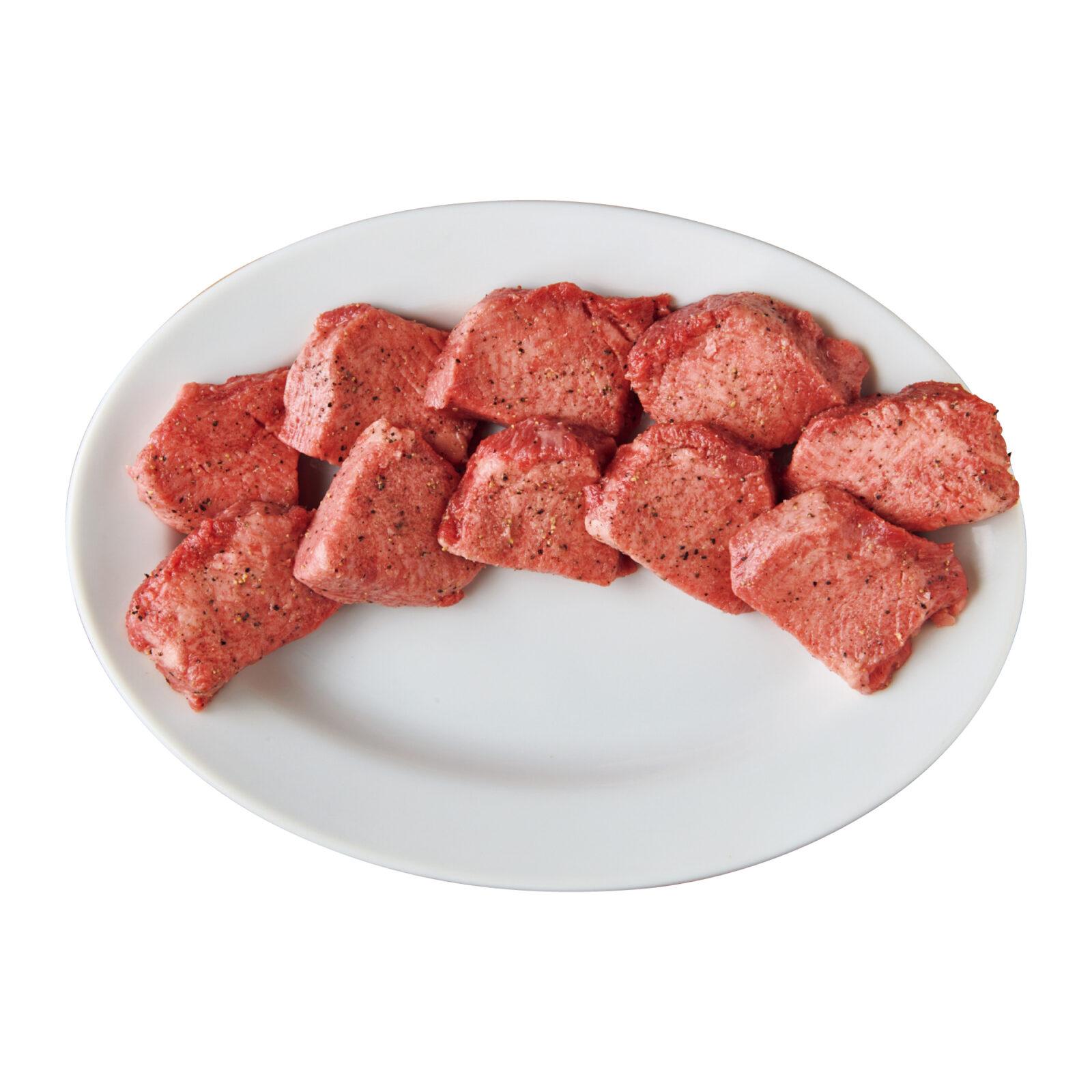 上タン塩(レモン)¥2,728大阪から直送の肉は九州産が中心。未冷凍の新鮮な部位が届く。