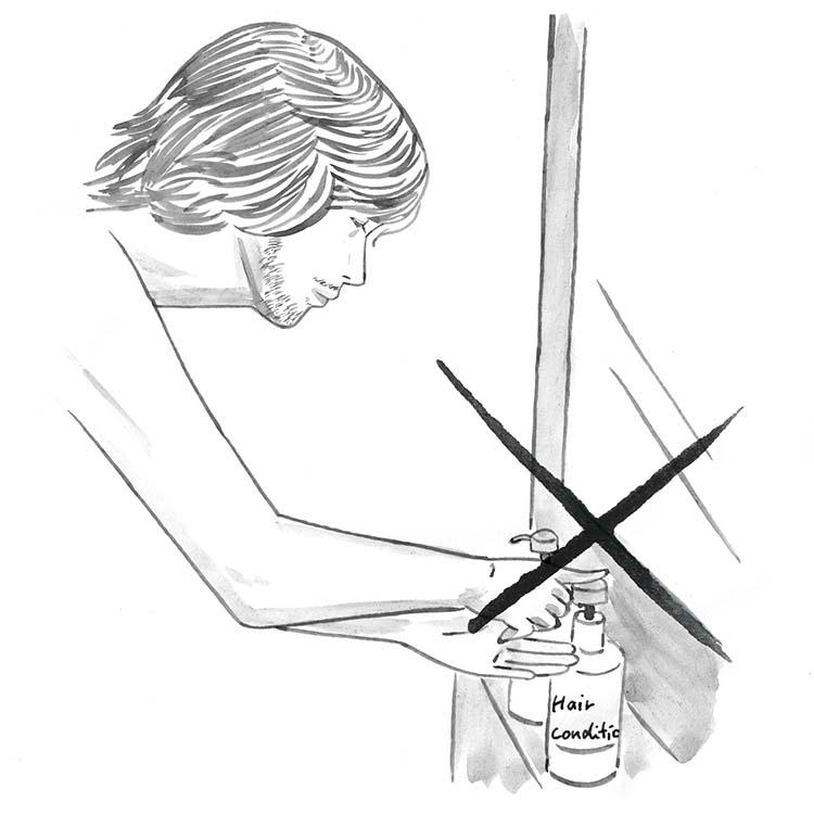 2.石鹸でプレシェービングは×。入浴時やシャワーを浴びる時に、手近にあるからといって、石鹸など、プレシェーブ剤以外のものでシェービングするのはNG。汚れを落とすこととヒゲを柔らかくするというのは目的が異なり、含まれている成分も違う。