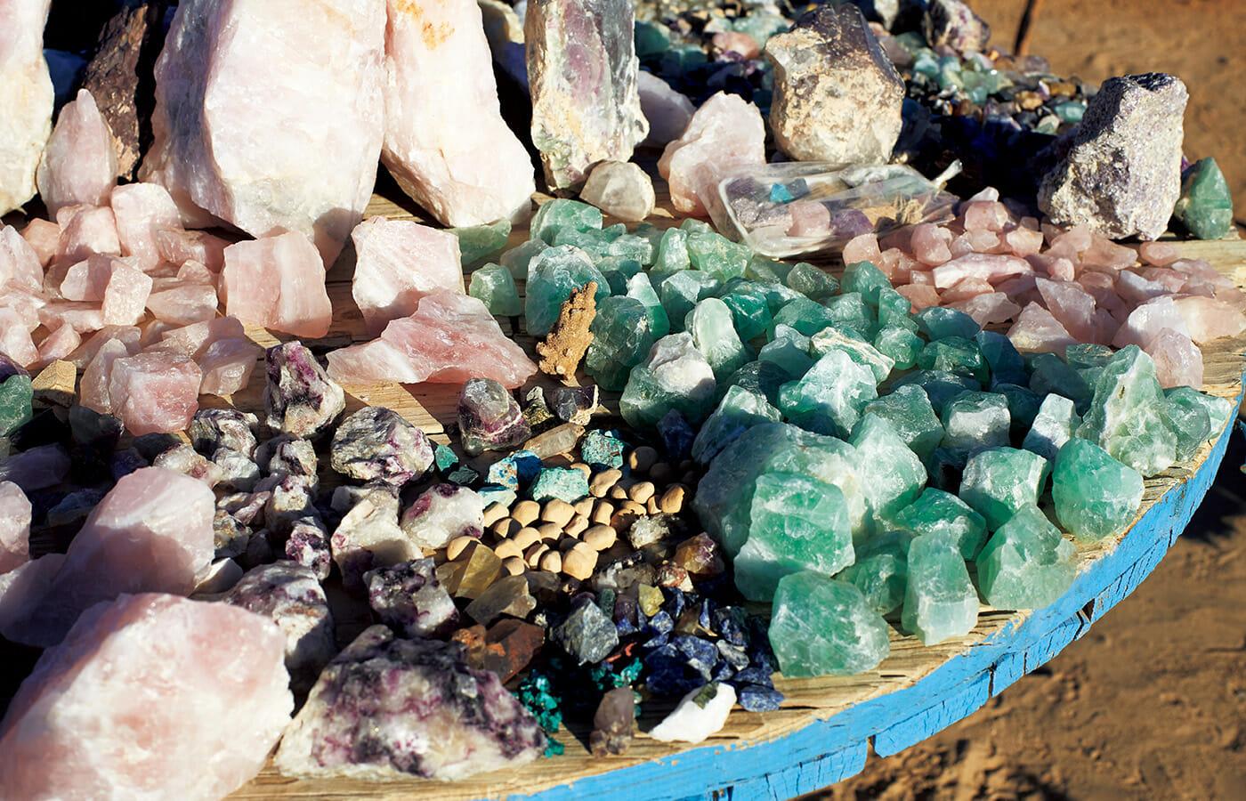 鉱物資源に恵まれたナミビアではあちこちに大きな鉱物市場が見られる。
