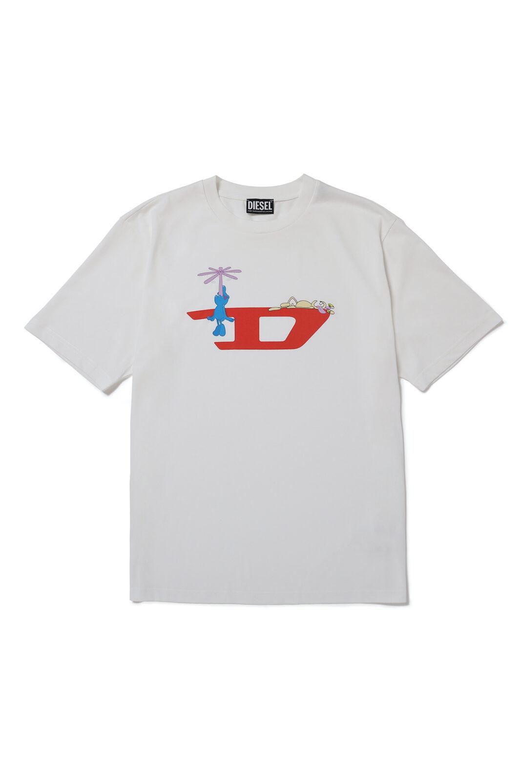 Tシャツ 白 ¥11,000 *「ディーゼル 渋谷」「ディーゼルオンラインストア」で販売。