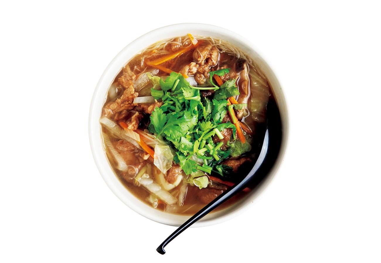 福建料理の味のキモ、酸笋を使ったスープ、痩肉滑粉¥990。