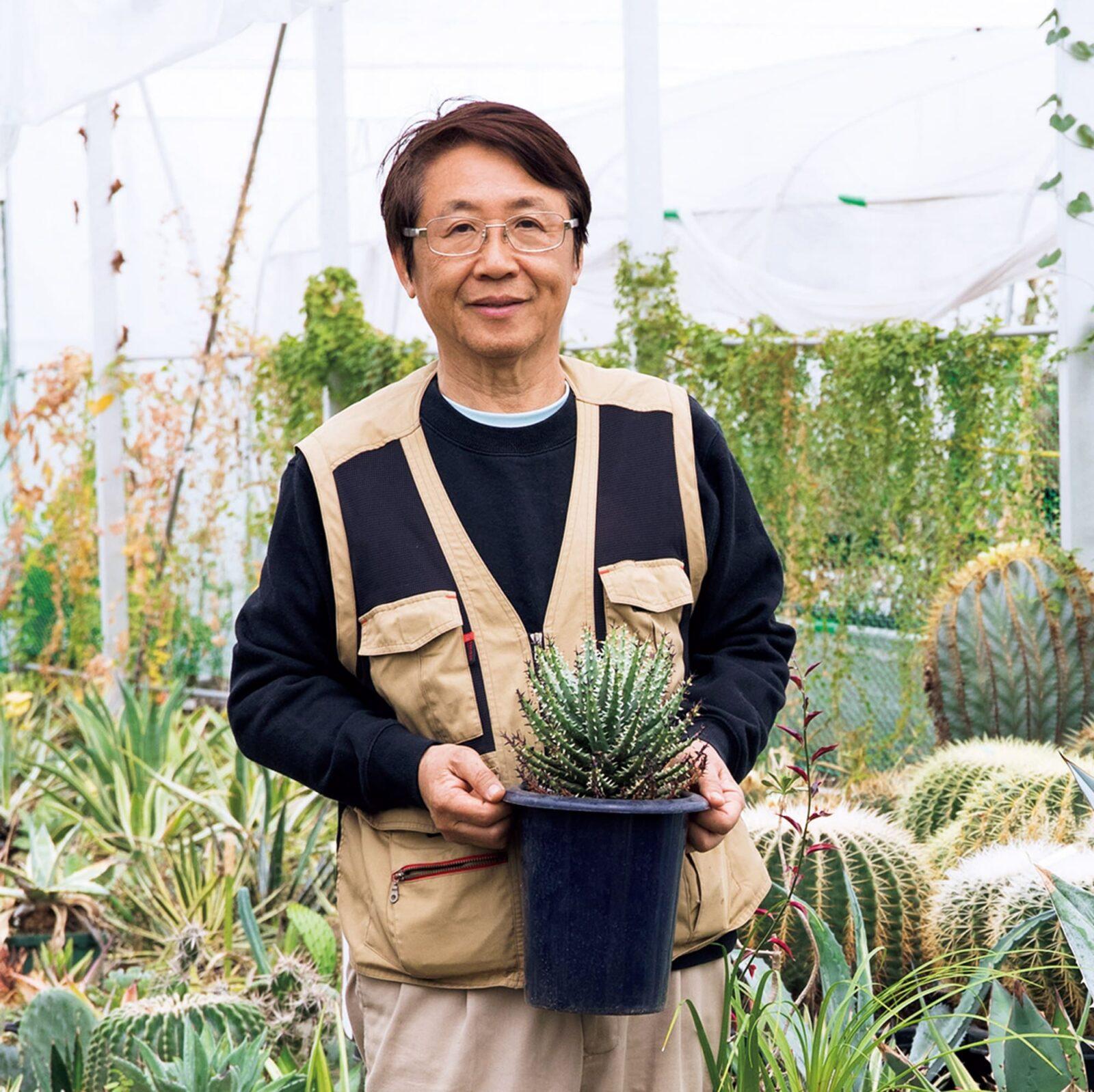 代表の佐藤勉さん。店長である息子さんが、「ヤフオク!」に植物を出品しているので、覗いてみると思わぬ出会いがあるかも。