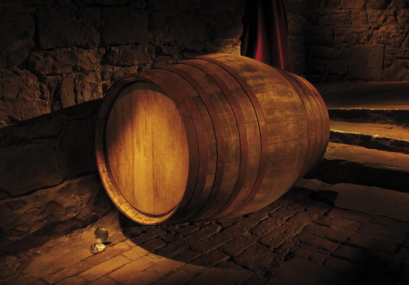 独特のクリーミーな味わいは、上質のオーク樽で10年間ゆっくり熟成させることによって生まれる。