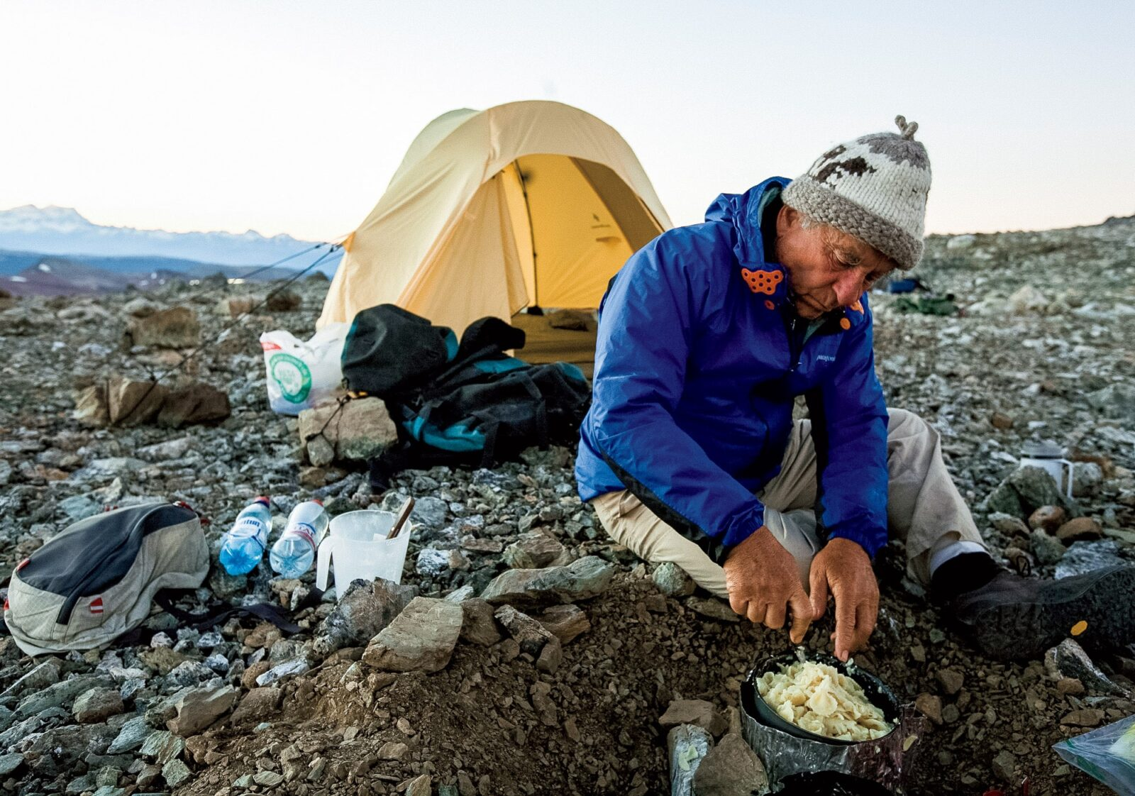 サーモンは北米先住民にならい、必要な種類だけを捕る「非混獲型漁法」で調達。